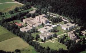 Rehaklinik Baden-Württemberg: Reha-Zentrum Bad Dürrheim Klinik Hüttenbühl