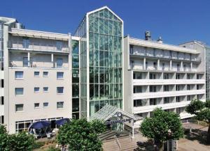 Rehakliniken Hessen: Kurpark-Klinik Bad Nauheim