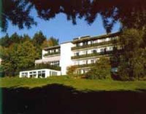 Suchtkliniken Hessen: Kurzzeittherapie Hunoldstal in Schmitten-Hunoldstal