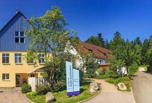 Mutter-Kind-Kur: Evangelische Mutter-Kind-Kurklinik Loßburg Baden-Württemberg