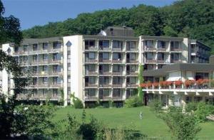 Rehakliniken Baden-Württemberg: Reha-Klinik Hausbaden in Badenweiler Deutschland