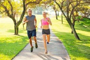 Ratgeber: Gesünder laufen mit Kollagen - Wie Jogger und Marathon-Fans