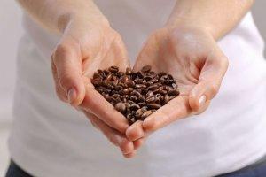 Ratgeber: Wie die Ernährung Kopfschmerzen beeinflussen kann