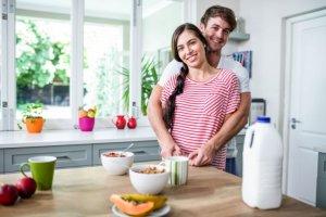 Ratgeber: Porridge, Müsli oder Smoothie - Hafermahlzeiten im Trend