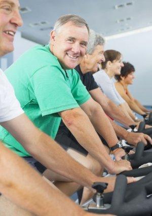 Ratgeber: Aktiv in die zweite Runde - Wie Männer in der Lebensmitte länger vital