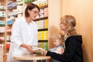 Ratgeber: 7 Fragen, die Patienten in der Apotheke stellen sollten