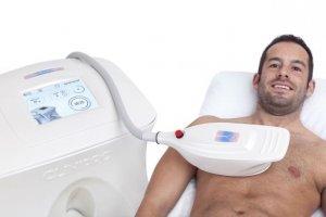 """Aktuelles:  Kältetherapie rückt """"Männerbrüsten"""" zu Leibe"""