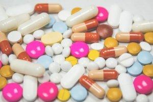 Aktuelles: Attestfälschung: Wenn Ärzte zu Handlangern des Betrugs werden - Krank
