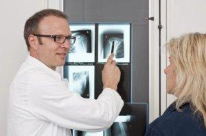 Aktuelles: Schulter-Arthrose: Neue Implantate regen Knochenwachstum an